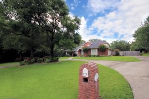 115 OLD SOUTH Drive, Crestview, FL 32536