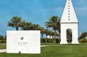 64 Caliza Lane, Alys Beach, FL 32461