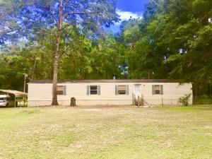 26 Carroll Circle, Ponce De Leon, FL 32455