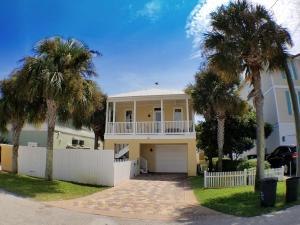19 Sarasota Street, Miramar Beach, FL 32550