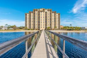 10335 Gulf Beach, 106, Pensacola, FL 32507