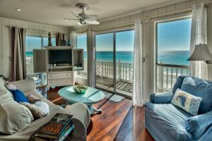 Endless Gulf views from the living room