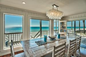 Panoramic Gulf views from the living spaces!