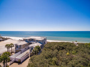 Gulf-front spanning a full 75 feet on Seacrest Beach!