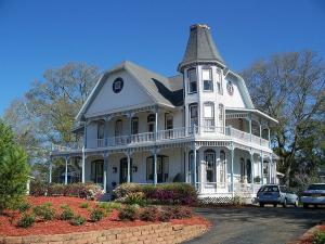 30 W Live Oak Avenue, Defuniak Springs, FL 32435