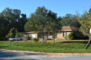 2779 Sherwood Drive, Navarre, FL 32566