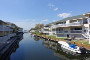 Sandpiper Cove Condo 4100 offers quick access to the Marina