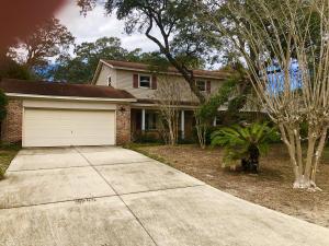 218 NW Fliva Avenue, Fort Walton Beach, FL 32548