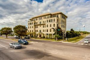 543 Harbor Boulevard, UNIT 404, Destin, FL 32541