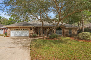 215 Sweetwater Run, Niceville, FL 32578