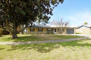 318 Sikes Circle, Fort Walton Beach, FL 32548