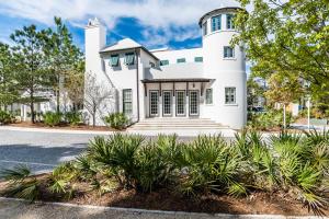 251 N Somerset Street, Alys Beach, FL 32461