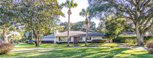 14 Longwood Drive, Shalimar, FL 32579