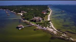 732 Peakes Point Drive, Gulf Breeze, FL 32561