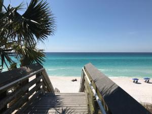 Beach access at 2790 E 30A (end of 395S)