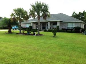 7504 Frankfort Street, Navarre, FL 32566