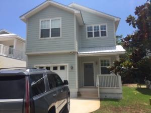 467 Bayshore Dr, Miramar Beach, FL 32550