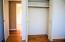 1/5 bedroom closet