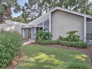 596 Robin Court, Miramar Beach, FL 32550