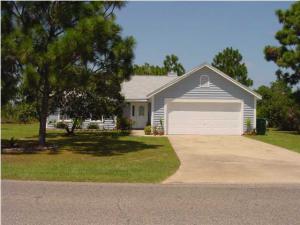 2041 Coral Street, Navarre, FL 32566
