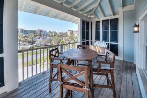 Strong consistent vacation rental facing 30A in Watercolor
