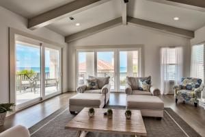 Exceptional corner home with wraparound glass to maximize the views!