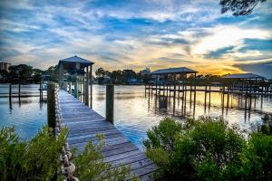 Lot 7 N Lagoon Drive, Panama City Beach, FL 32408