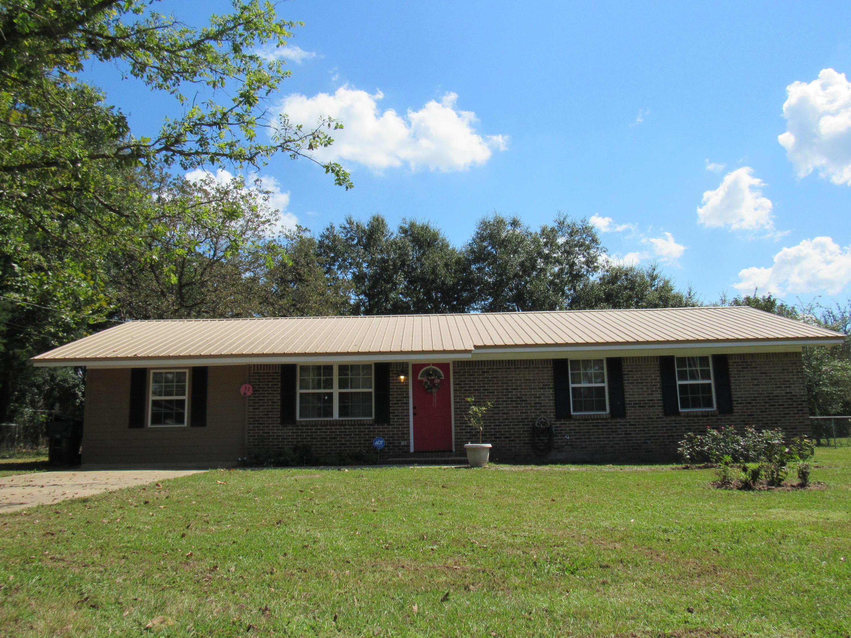 37 Orson Drive, Defuniak Springs, FL 32433