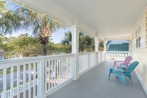 2117 Olde Towne Avenue, Miramar Beach, FL 32550