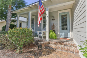 Welcoming front porch!