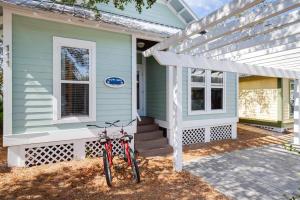 111 Cottage Way, UNIT 14, Inlet Beach, FL 32461