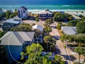 1 row back from 30A in Old Seagrove offering privacy and views