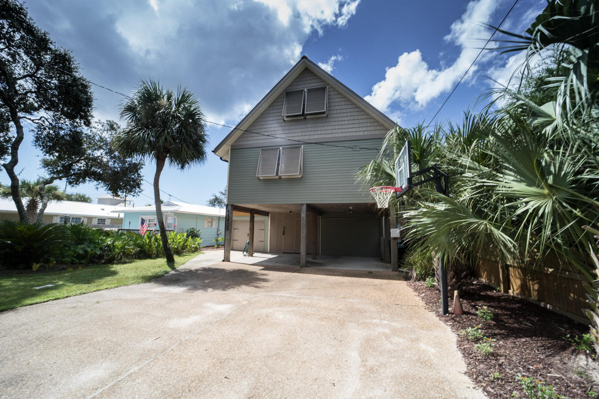 MLS Property 810174 for sale in Panama City Beach