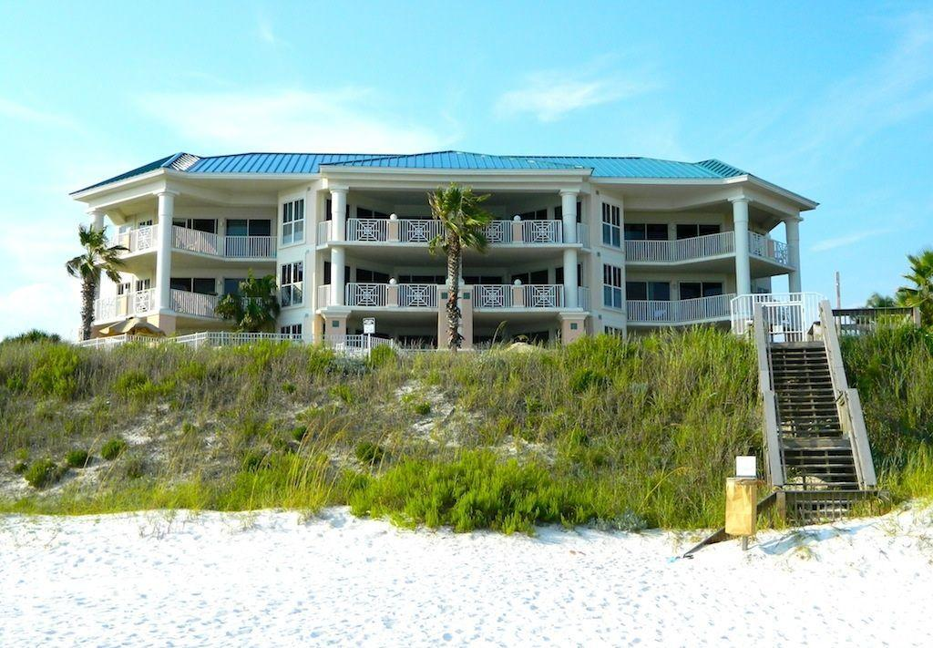 The Inn at Blue Mountain Beach is a beautiful gulf front condominium with a pool, a hot tub, a fitness center, two meeting/conference rooms, and a 50 foot high atrium with wireless internet. The well-designed, three-bedroom units feature spacious floor plan, jacuzzi tubs in the master baths, and balconies. Easy access to the Scenic 30-A's fantastic bike path.Sleeps 8: king, queen, 2 twin, 1 sleeper sofa, 2 tv's,