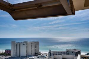 5000 S Sandestin Boulevard, UNIT 7901-03, Miramar Beach, FL 32550