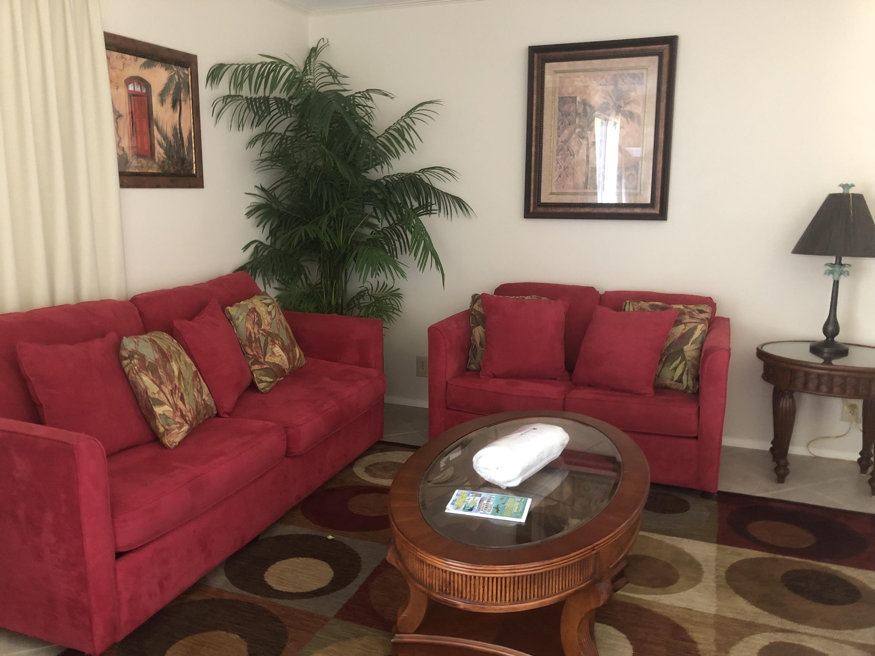 Updated one bedroom, second level, overlooking the golf course and pool area.  Sandpiper Cove is located on 43 acres in the heart of Destin with 1100' of beach front and harbor & canal access.  Popular 9 hole par 3 golf course, 5 pools (2 heated in winter) 3 hot spas, 6 tennis courts.  Canal docking by reservation as available, boat slips on harbor as available for annual lease.  On site boat launch.  Seasonal beach service and snack bar.  Gourmet harbor front  Louisiana Lagniappe Restaurant on-site too!!