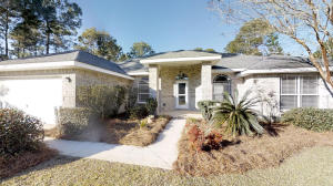 7028 Sawfish Street, Navarre, FL 32566