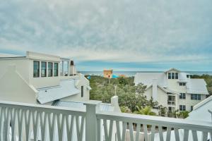 107 E Grove Street, Santa Rosa Beach, FL 32459