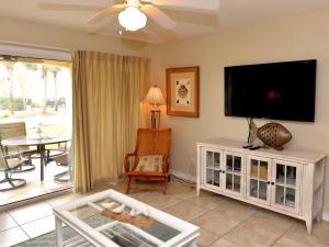 2606 Scenic Gulf Drive, 1114, Miramar Beach, FL 32550