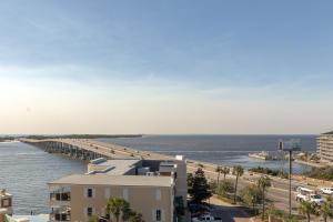 10 Harbor Boulevard, W327, Destin, FL 32541
