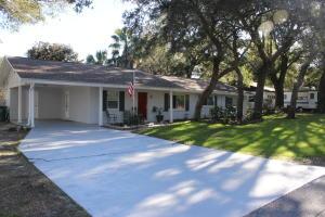 424 Stahlman Avenue, Destin, FL 32541