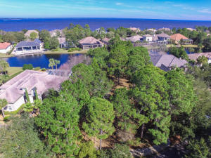 439 Captains Circle, Destin, FL 32541