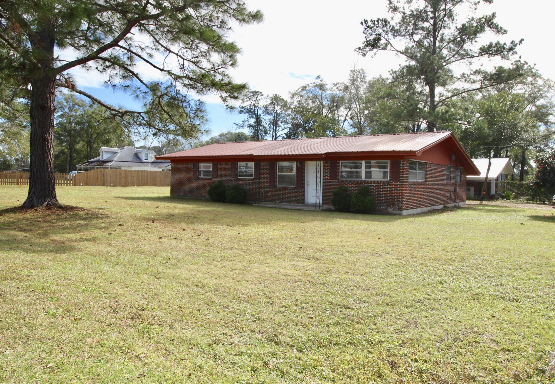 594 Bruce Avenue, Defuniak Springs, FL 32435