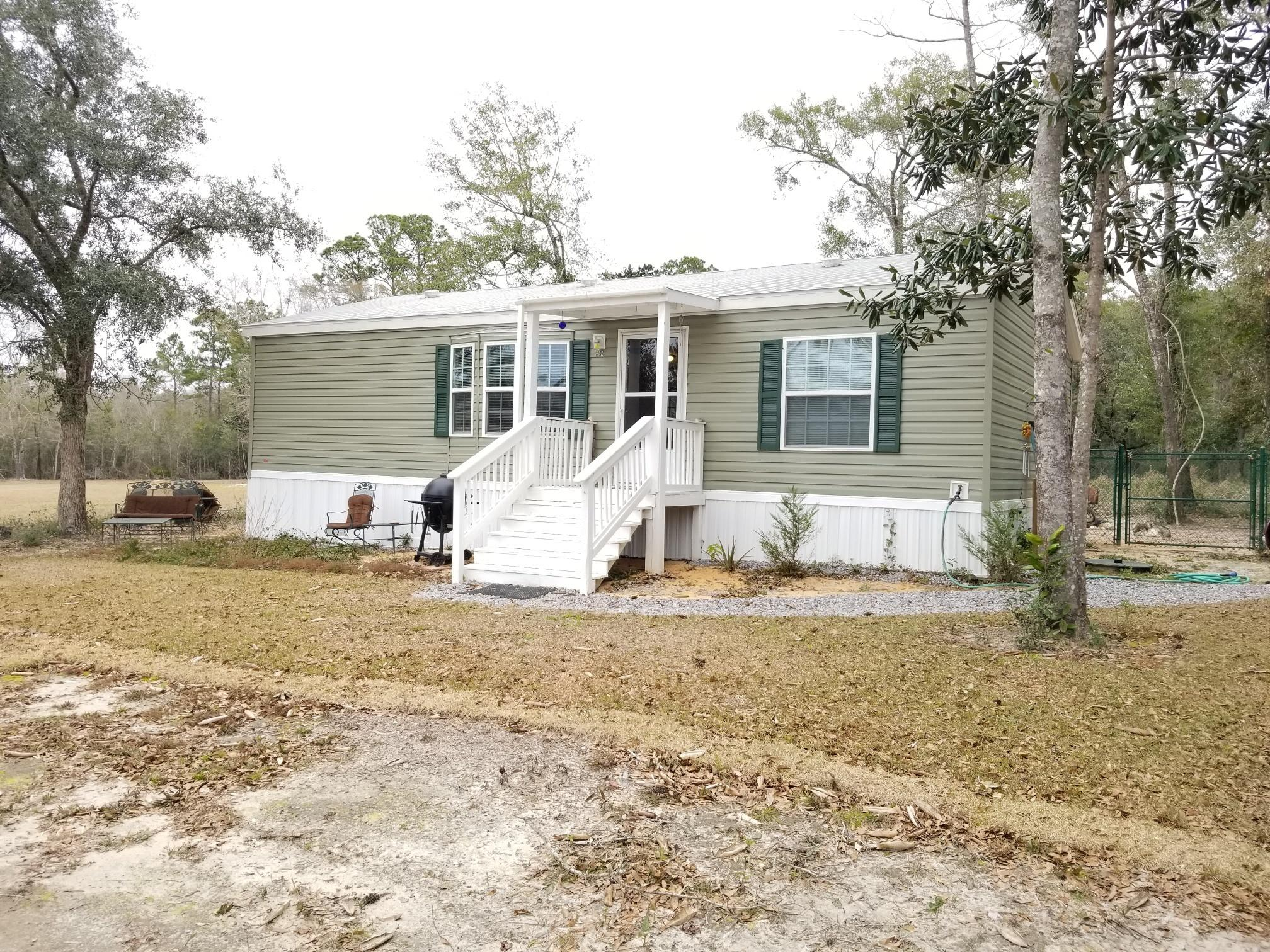242 Blueberry Road, Freeport, FL 32439