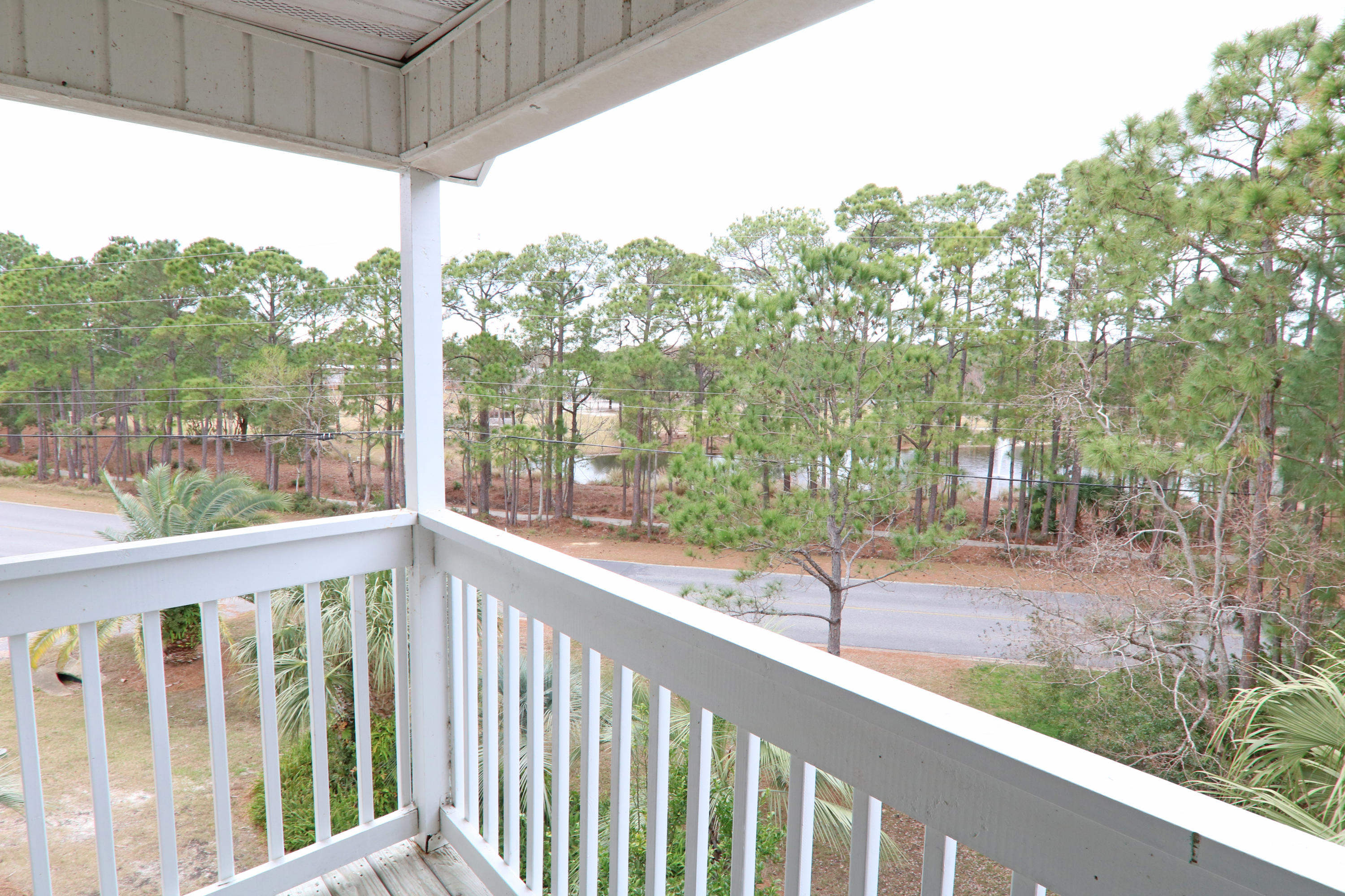 Great opportunity to own a private 3rd floor corner unit with lake views.  This 2 bedroom 2 bath corner unit is conveniently located near beaches, golf course, dog park, shopping and dinning.  The interior offers a tiled floors in kitchen, dining room and living area while large master bedroom and spacious guest room has soft plush carpet.  The balcony is located off the living area and offers lots of privacy and peaceful views of the lake and surrounding area landscaping. Indian Lake features on-site rental management, workout facility, clubhouse, and pool.