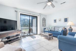 6215 Thomas Drive, UNIT 127, Panama City Beach, FL 32408