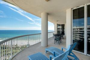 15200 Emerald Coast Parkway Parkway, PH1, Destin, FL 32541
