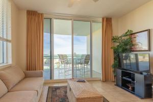 1517 Miracle Strip Parkway, UNIT 410, Fort Walton Beach, FL 32548