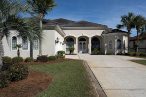 910 Emerald Bay Drive, Destin, FL 32541