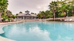 Grand Pointe Pool